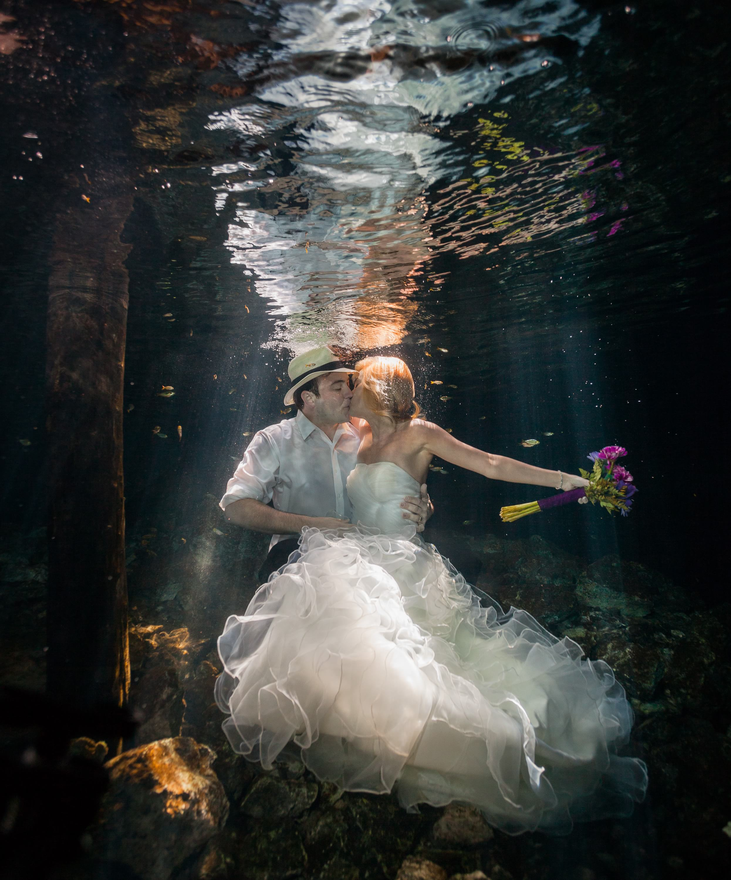 Cenote Trash the Dress wedding photography