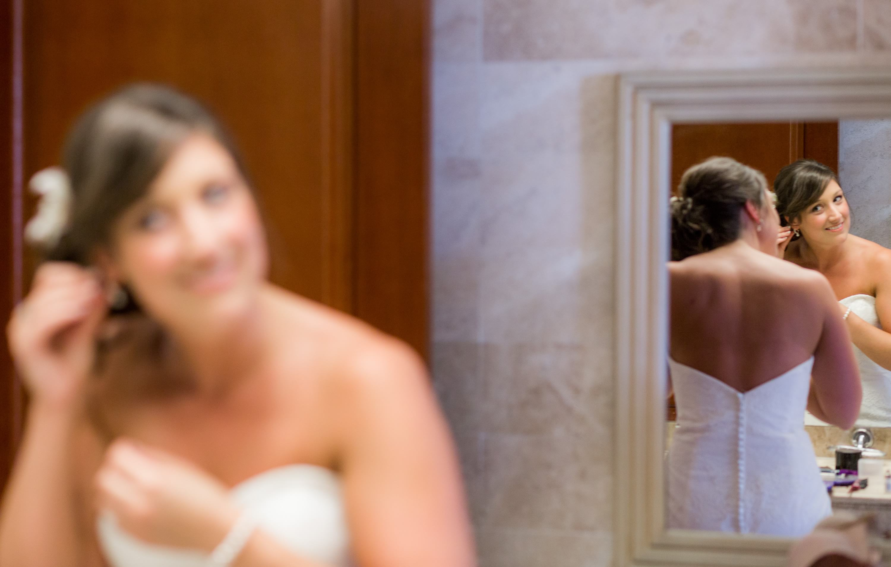 bride getting ready at Grand Palladium Riviera Maya Wedding