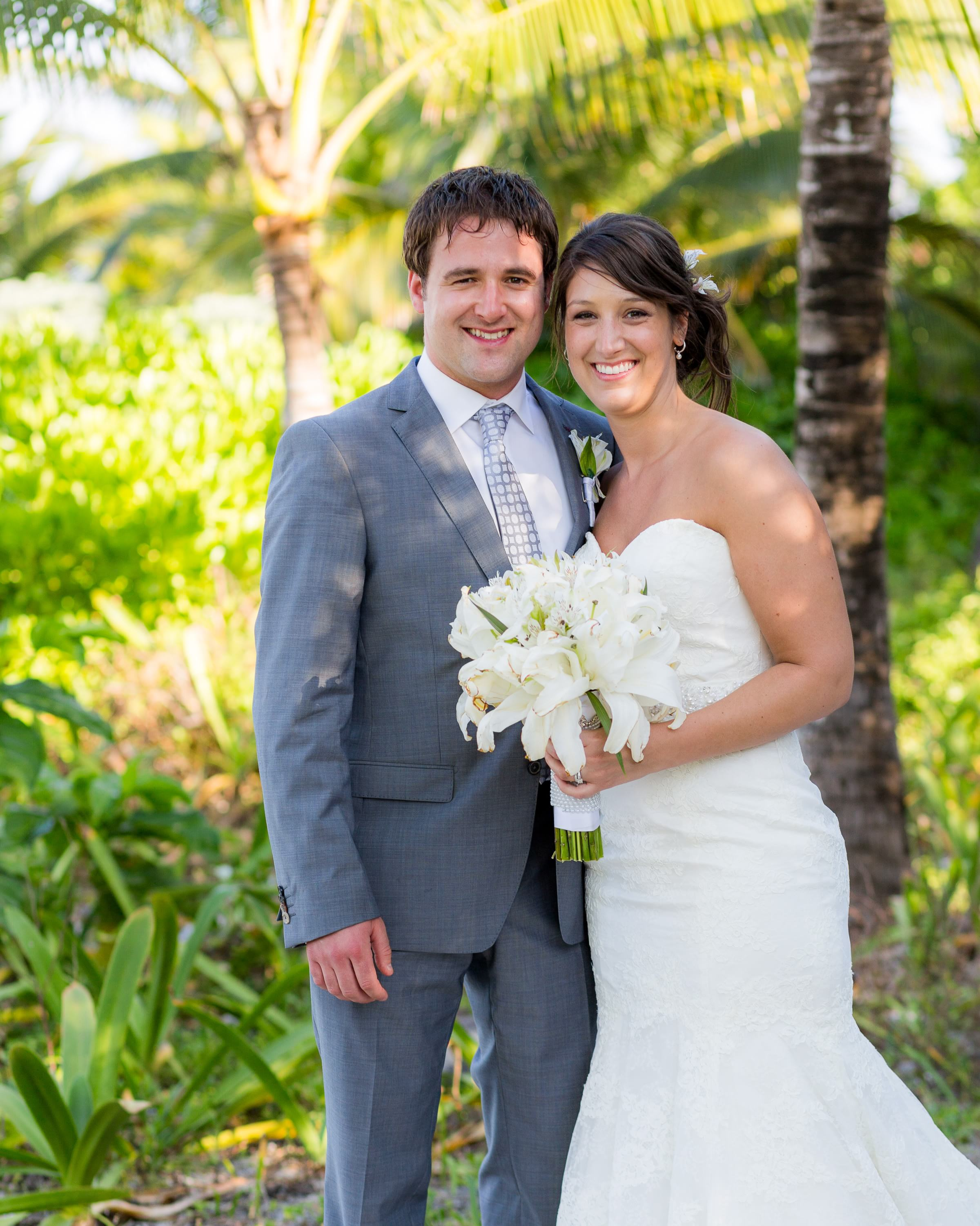 beautiful portrait of bride and groom at Grand Palladium Riviera Maya Wedding