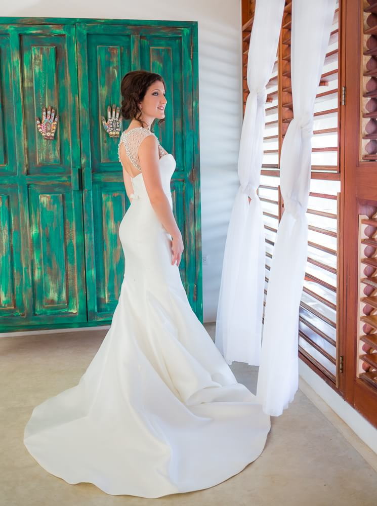 Bride at El Pez Hotel Tulum wedding