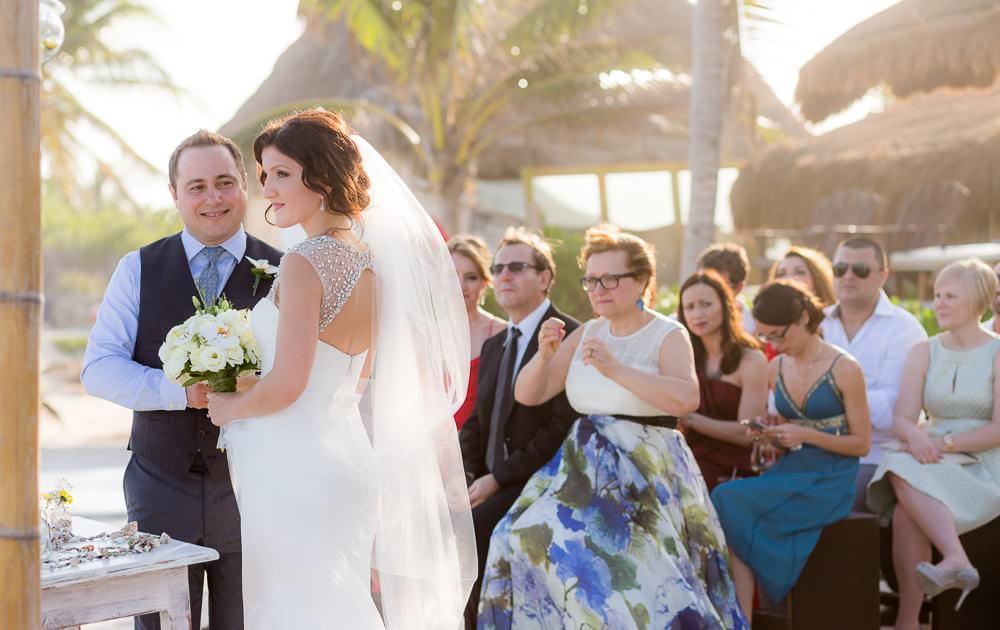 Beach wedding ceremony in Tulum