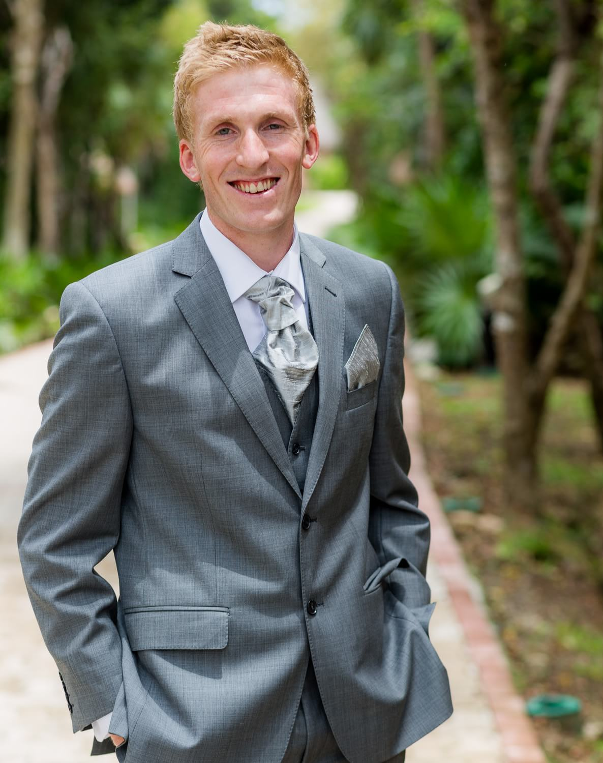 Portrait of groom at Grand Palladium Riviera Maya Wedding