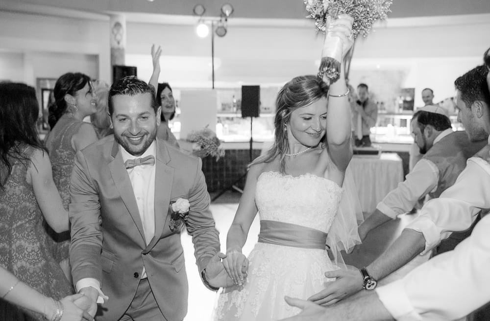 Couple coming into reception at Riviera Maya wedding