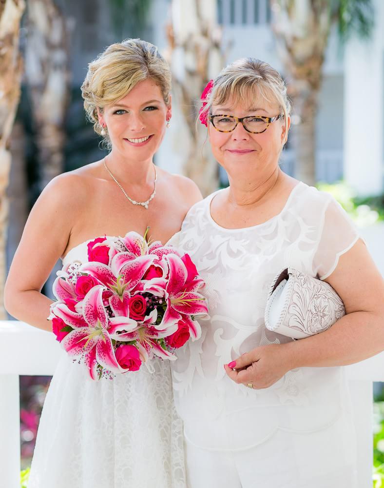 portrait of mom and bride at Riviera Maya wedding