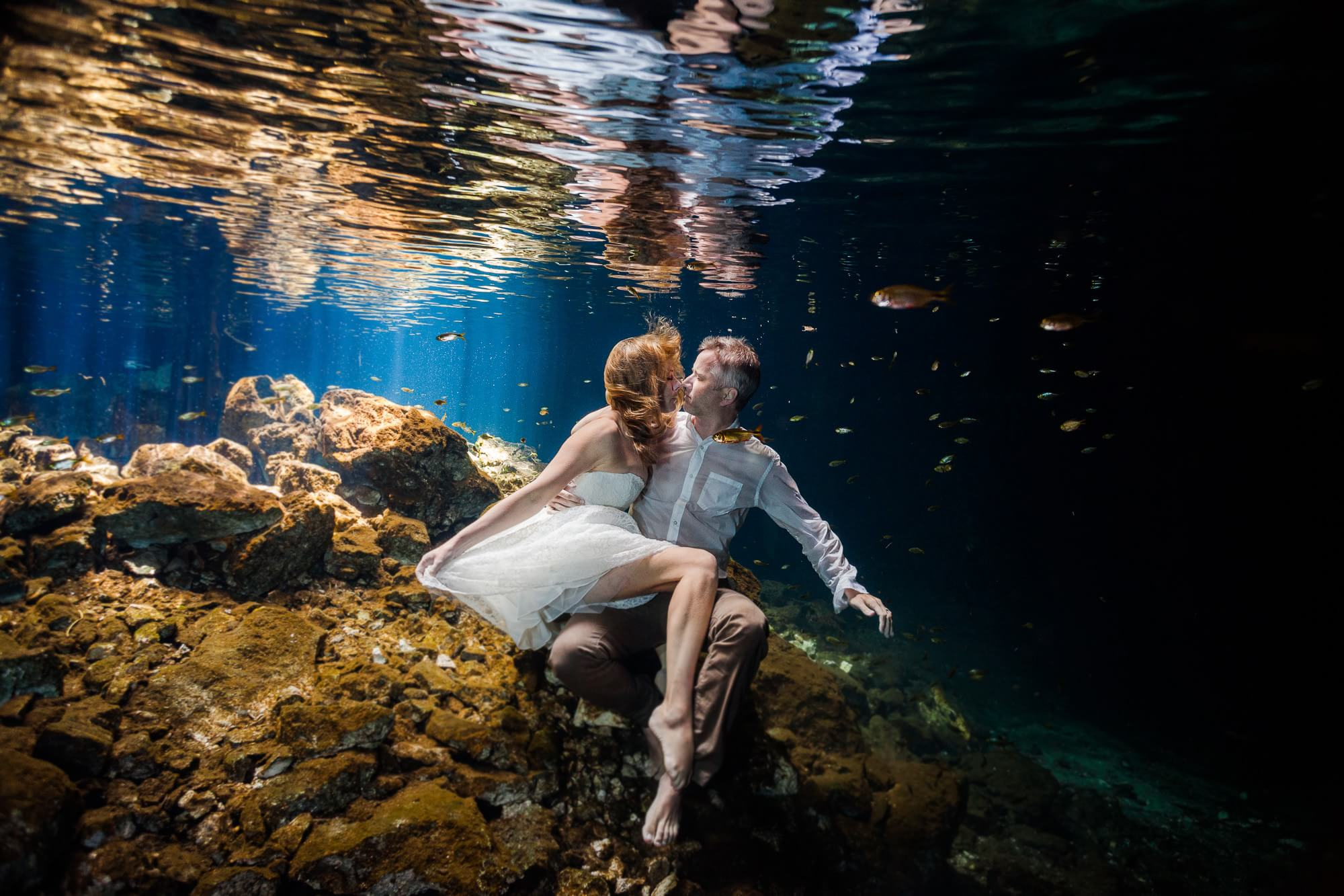 Underwater trash the dress in Mexico