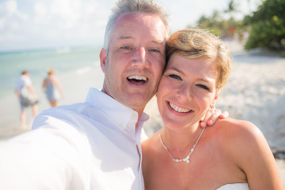 Wedding selfi at Riviera Maya Wedding