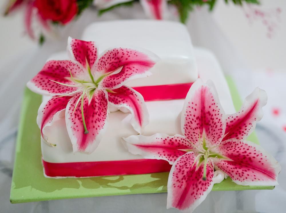 wedding cake at grand sunset princess