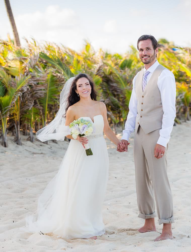 Bride and groom on beach at Riviera Maya Wedding