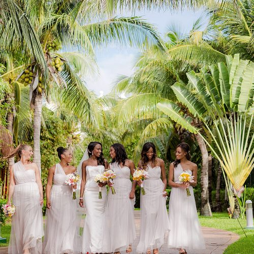 Bridesmaids before wedding at Iberostar Grand Hotel Paraiso, Mexico