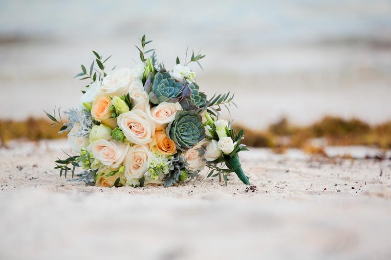 Wedding flowers at Villa Vidorra Wedding