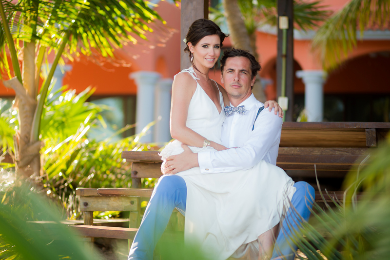Bride and groom at Sombras del Viento wedding portrait