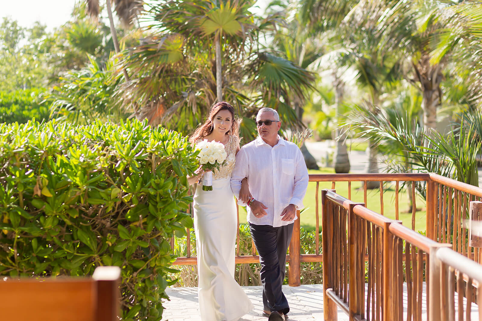 Father and Bride walking down the aisle at Grand Sirenis Riviera Maya