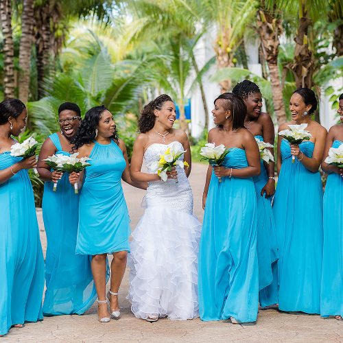 Bridesmaids before wedding at El Dorado Seaside Suites