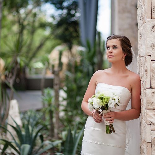 Bride's portrait at Azul Fives Hotel, Riviera Maya