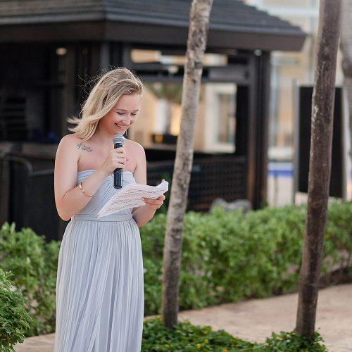 Bridesmaid giving speech at Azul Fives Hotel, Riviera Maya wedding
