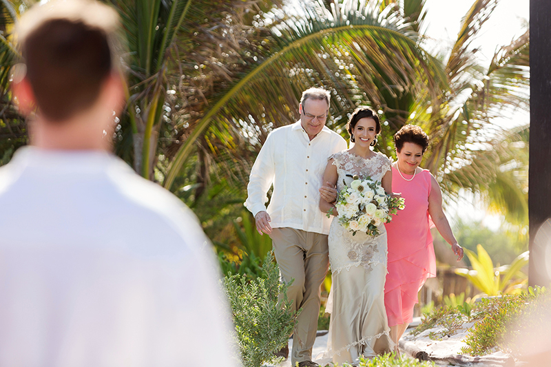 Bride walking down the isle at Tulum Wedding