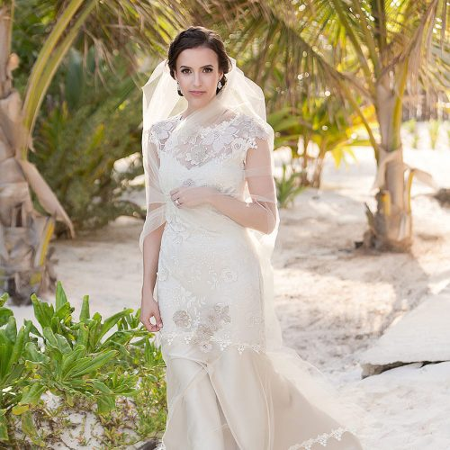Portrait of bride after her wedding in Tulum