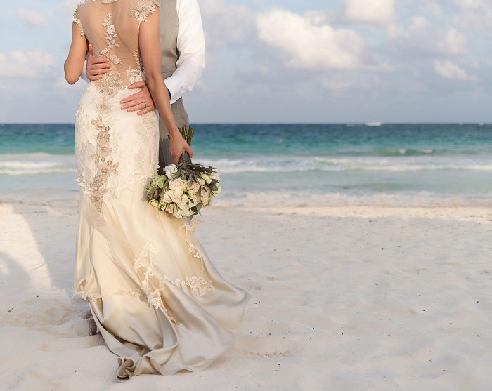 Close up of flowers on beach in Tulum wedding