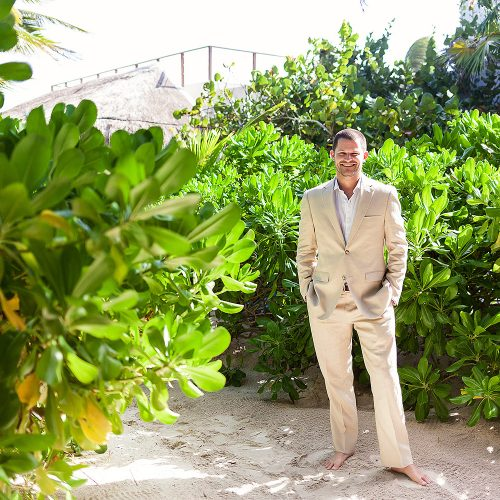 Portrait of groom before his Tulum wedding