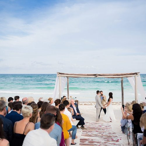 Beach wedding ceremony in Riviera Maya