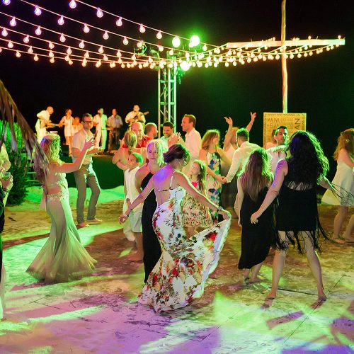 Dancing and fun at Riviera Maya wedding