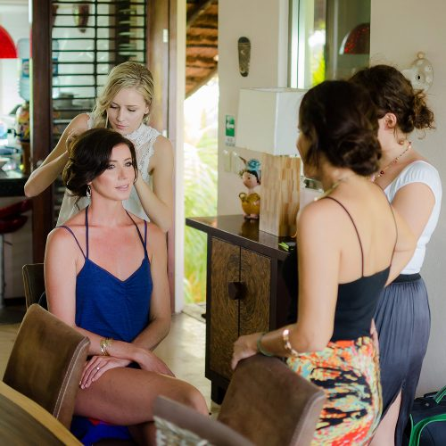 Bride and bridesmaids getting ready for wedding in Tulum