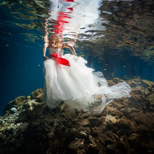 Dress underwater in Trash the Dress, Riviera Maya Mexico