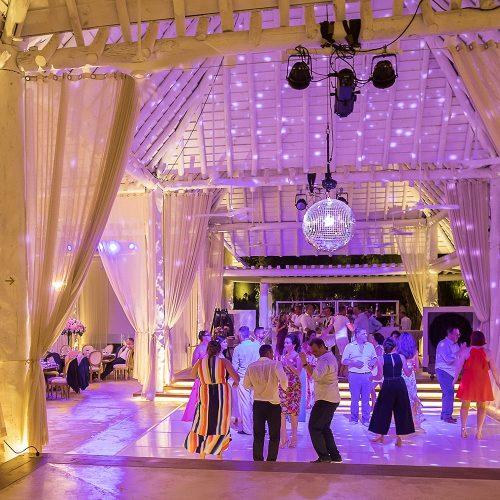 Full dance floor at wedding reception at Banyan Tree Mayakoba