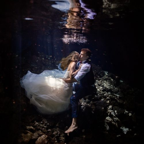 Bride and Groom in underwater cenote TTD